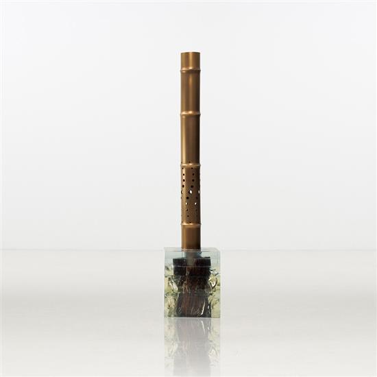 ƒ Song Tao Spina 2 Lampe Résine, pigment, bois et laiton Edition limitée à 8 exemplaires   2 E
