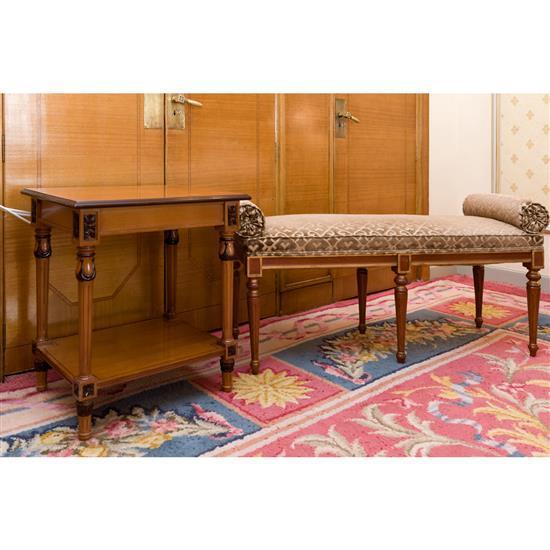 Grande banquette, 60x134x42 cm, table rectangulaire, 64x59x45 cmBanqueta rulos y mesa TV