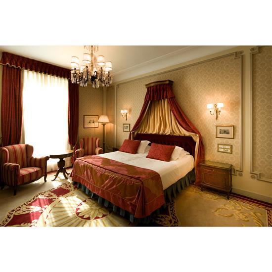 Tête de lit, 116x225 cm, deux chevets, 60x56x37 cm, couvre lit, paire de rideauxCabecero, dosel, cortinas y pareja de mesillas