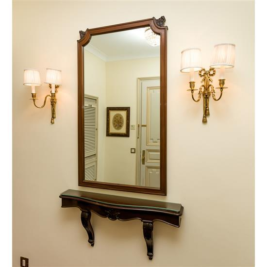 Console, 40x88x10 cm, miroir, 118x67 cm, deux appliques Consola de colgar y espejo y 2 apliques