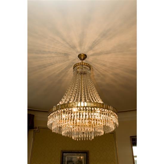 Lustre en cristal, H 110 x D 80 cm, Lampara de techo de metal y cristal 110 x 80 cm