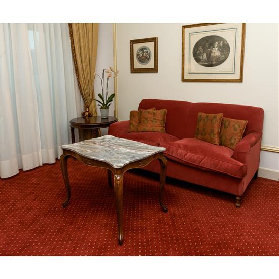 Canapé, 85x180x100 cm, table basse dessus marbre, 60x79x55 cm, guéridon, H 60 x D 65 cmSofa de tapicería, mesa de centro tapa de mar...