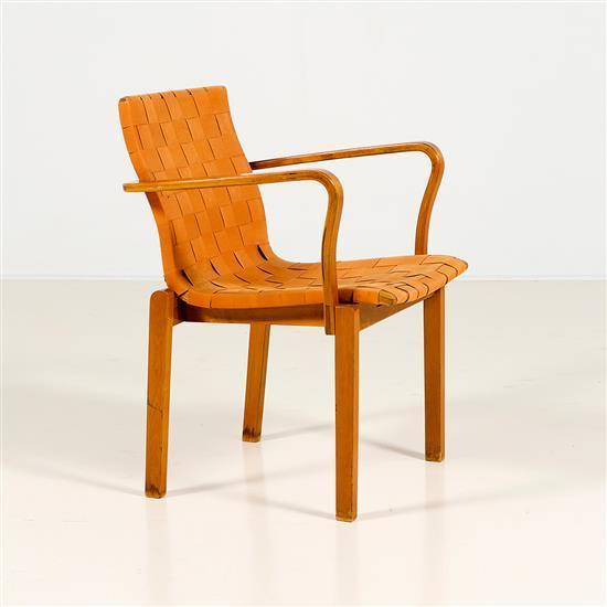 Alvar aalto 1898 1976 chaise for Chaise alvar aalto
