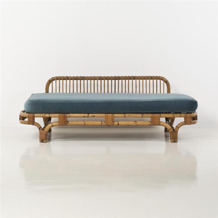 tito agnoli 1931 2012 lit de repos. Black Bedroom Furniture Sets. Home Design Ideas