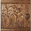 Rare paire de panneaux de cassoni a pastigliapolychromé doré pour l'un et argenté pour
