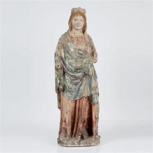 Grande Vierge à l''Enfant en pierre calcaire sculptée en ronde-bosse et polychromée
