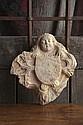 Clef de voûte en pierre calcaire sculptée avec traces de polychromie représentant un écu porté par deux anges encadré de feuillages