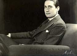 Photographs:  ANGELO (1894-1974) - Portrait