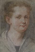 Entourage de Federico BAROCCI (1528-1612) Portrait d'une jeune femme Pastel sur papier bleu 38 × 25,4 cm Annoté en bas à gauche F
