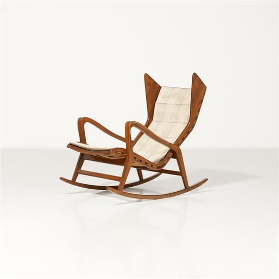 cassina mod le 572 fauteuil rocking chair noyer et textile e. Black Bedroom Furniture Sets. Home Design Ideas