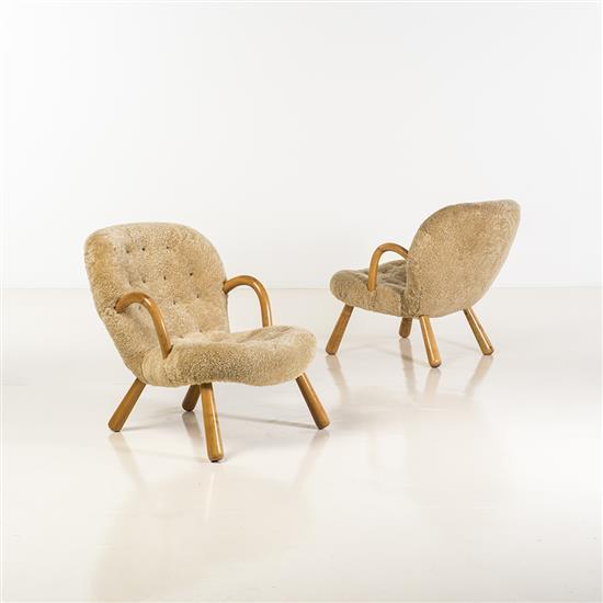 Philip arctander 1916 1994 clam paire de fauteuils peau de - Fauteuil blanc capitonne ...