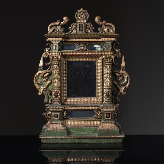 Miroir dans un cadre architectur en boissculpt monochrom for Cadre miroir