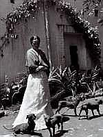 Gisèle FREUND (1908-2000) - Frida Kahlo et ses