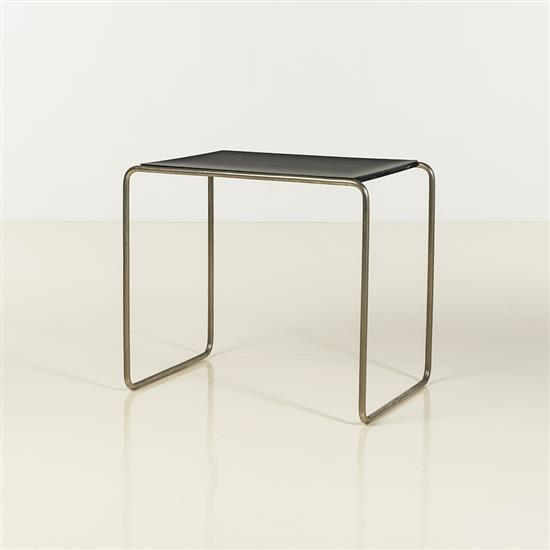 Marcel breuer 1902 1981 table d appoint m tal tubulaire et for Table bois metal rallonge