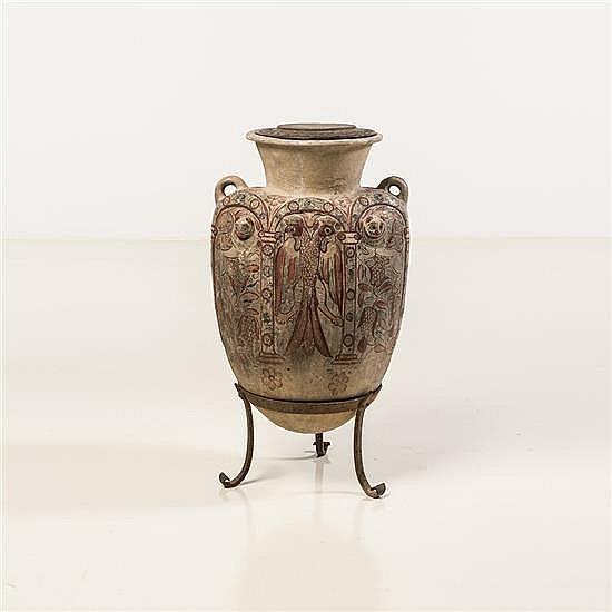 Rare jarre, tibor, munie de deux anses en terrecuite au décor peint ocre rouge et bleu avec