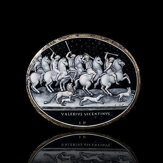 Plaque de forme ovale en émail peint en grisailleavec légers rehauts de rose et d'or représentant