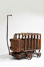 Rare chariot à charbon liturgique en fer forgé