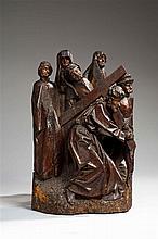 Le Portement de croix en noyer sculpté avec restes de polychromie, groupe de retable