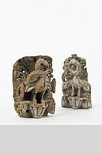 Deux bois sculptés représentant des oiseaux sur des bases florales et végétales Inde, fin XVIII ou XIXème siècle