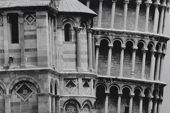 Gianni BERENGO GARDIN (né en 1930) Pisa, 1980 Épreuve gélatino-argentique d'époque. Signée, titrée, datée et cachet du photographe a...