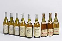 Ensemble de 9 bouteilles   3 bouteilles VIN JAUNE D'ARBOIS, Fruitière Vinicole 1962 (2 MB, 1 B)    3 bouteilles VIN JAUNE D'ARBOIS, Fruitière Vinicole 1992 (Béthanie)   3 bouteilles VIN JAUNE D'ARBOIS, Fruitière Vinicole 1989 (Savagnin)