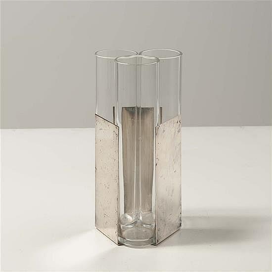 Lino Sabattini (né en 1925)Triple vase