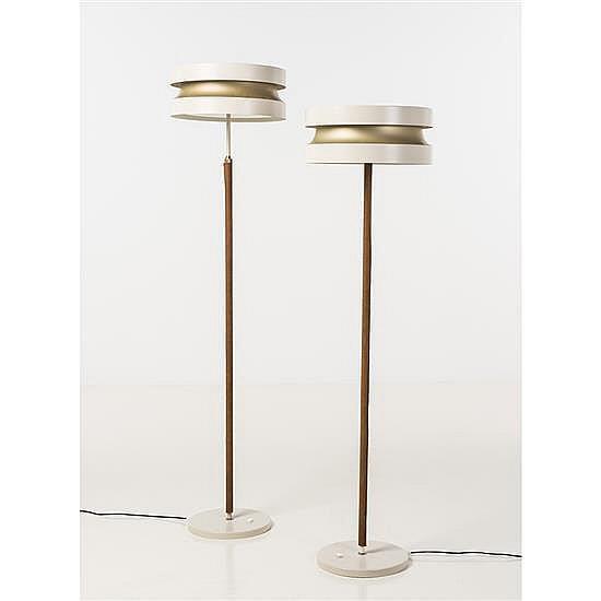 Lisa Johansson-Pape (1907-1989)Paire de lampadaires