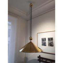 Florian Schulz ( born in 1946) Keos Suspension à contrepoids central laiton H 20 x 57 cm