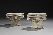 Paire de chapiteaux en marbre sculpté toutes faces