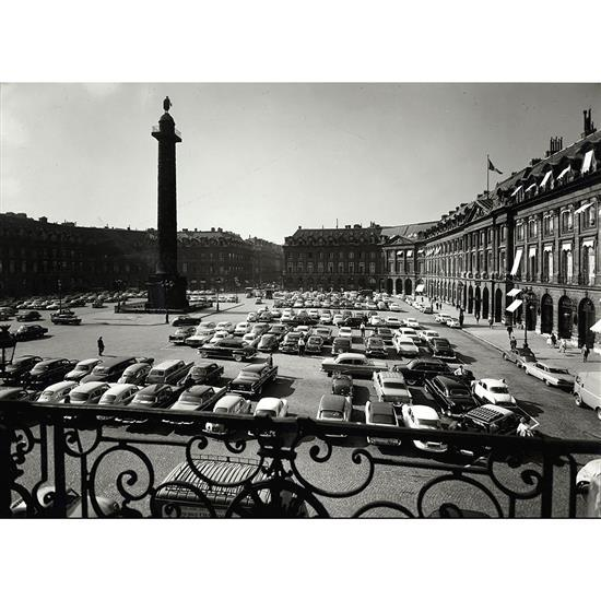 François Kollar (1904-1979)Sans titre, Place Vendôme, vers 1950