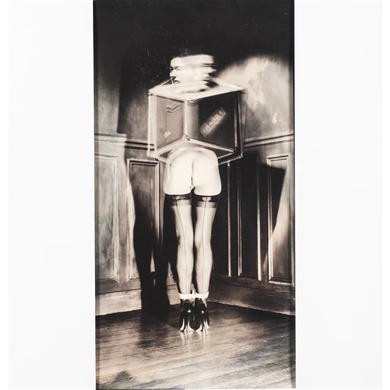 Gilles Berquet (1956) Âme en malle, 1991 Épreuve argentique virée sur papier chamois  Signée et datée au recto sur le coté dro...