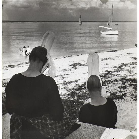 Florence Henri (1893-1982)Bretonnes, 1938, de la série Bretagne
