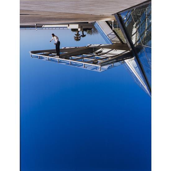 Philippe Ramette (1961)Inversion de pesanteur, 2003