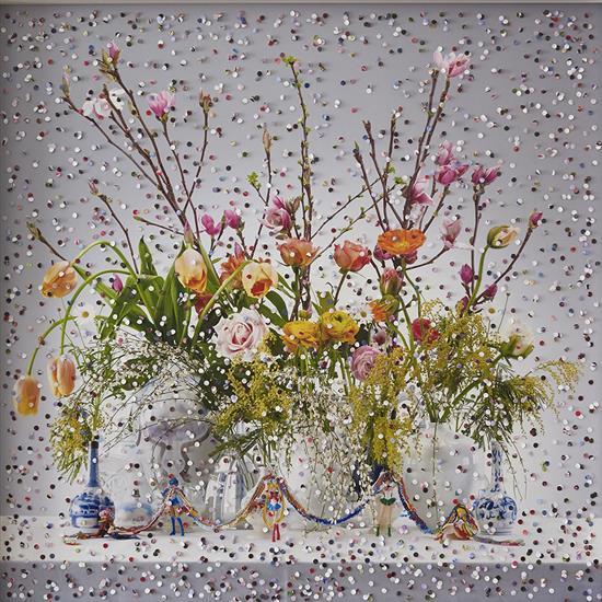 f  Irina Polin (1971-2014)8 of March - Konfetti, de la série I Mirror You, 2015
