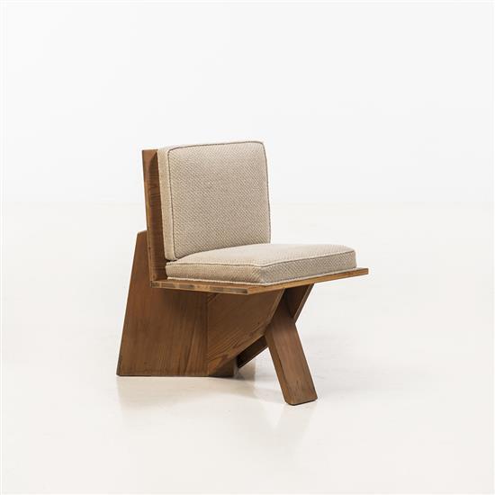 Frank Lloyd WrightChaise (1867-1959) 165Cyprès contreplaqué et tissu