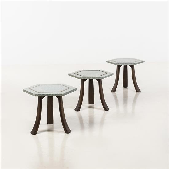 Harvey Probber (1922-2003)Suite de trois tables d'appoint
