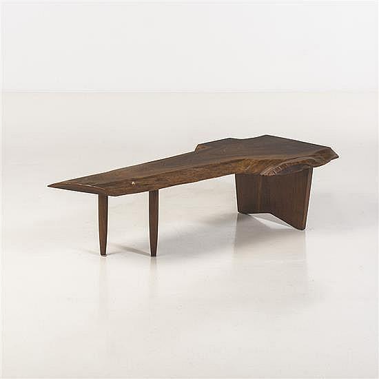 george nakashima 1905 1990 table basse. Black Bedroom Furniture Sets. Home Design Ideas