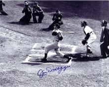 Joe DiMaggio Signed 8 x 10 Photograph Certified by The Score Board