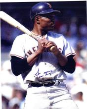 Willie Mays Signed 8 x 10 Photograph Certified by The Score Board