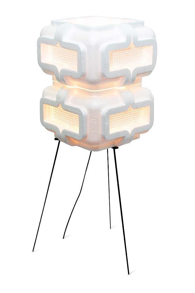 ISABELLE FARAHNICK - Édition limitée Lampe Mica à double abat jour carré en poystyrene et papier sur un piètement tripode en acier...