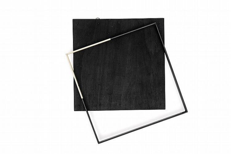 GRAZIA VARISCO (NEE EN 1937) Dilatazione di spazio. Studio II, 1973 Fer et bois peint. Signé, titré et daté au dos. H_45,5 cm L_45...