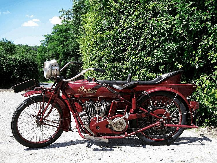 INDIAN powerplus avec side car 1926 Châssis : n°