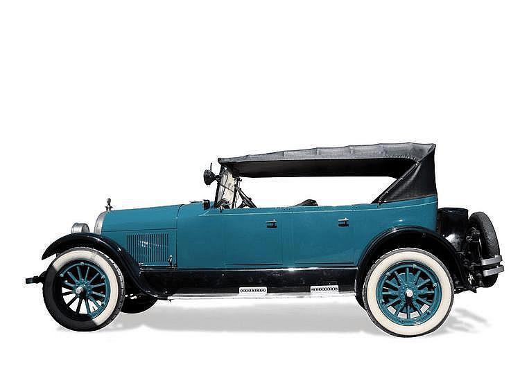PEERLESS type 66 / 1923 Châssis : n° 289335 •
