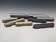 A Collection of 10 'OO' Gauge Carriages