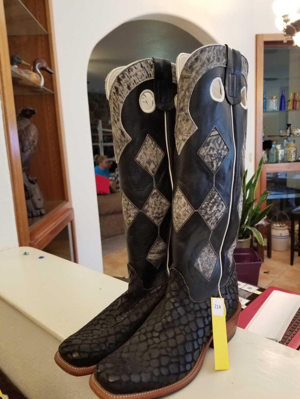 New Never Worn w/ Tag Custom Made Olathe Black Lochness Monster Boots Size 10D