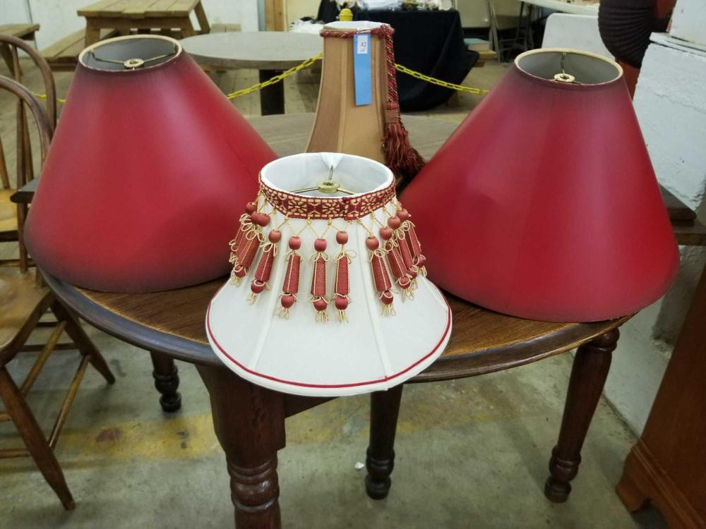 ASSORTED LAMP SHADES - 4 ITEMS