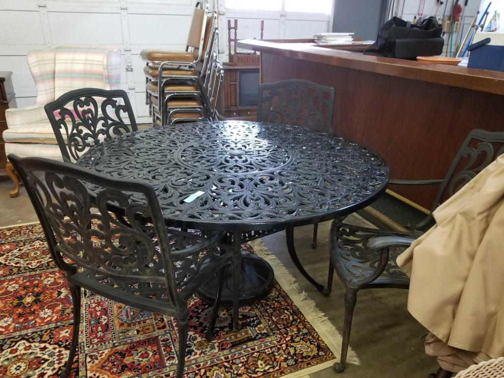CAST ALUMINUM FRENCH DESIGN PATIO TABLE W/ 4 CHAIRS, UMBRELLA & STAND