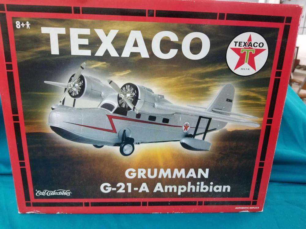 """TEXACO """"GURMMAN G-21-A"""" AMPHIBIAN ERTL DIE CAST AIRPLANE COIN BANK IN THE BOX"""