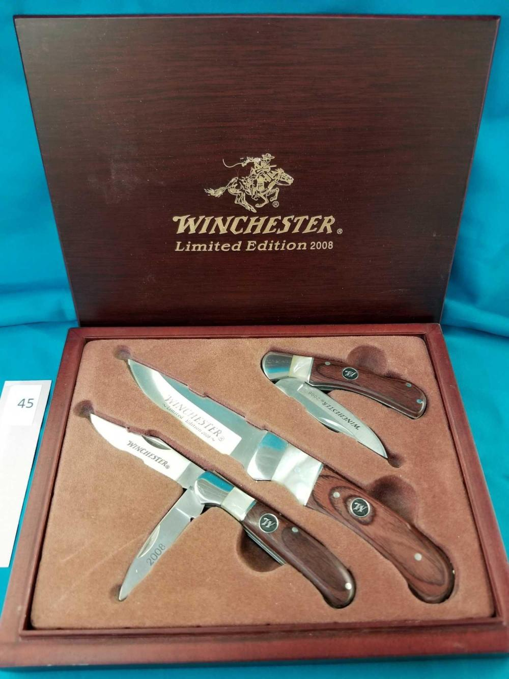 WINCHESTER 2008 LIMITED EDITION 3 KNIFE SET IN A WOODEN BOX