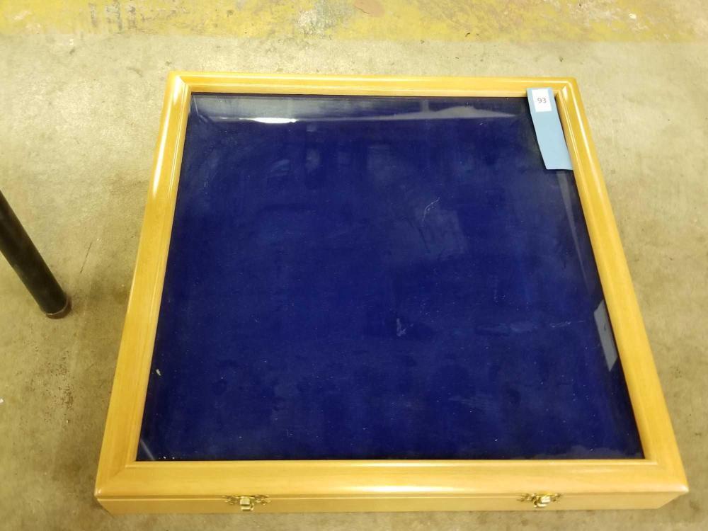 BLONDE WOOD DISPLAY SHOWCASE W/ GLASS WINDOW